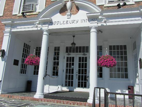 Middlebury Inn: vue de facade