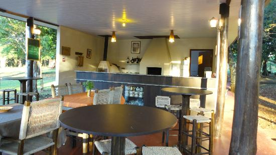 Iguassu Eco Hostel: Dinning Place