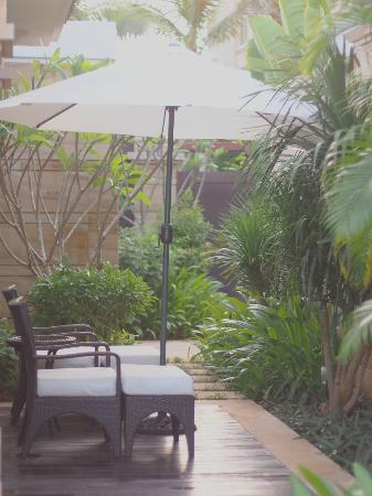 Conrad Sanya Haitang Bay: Villa Entrance