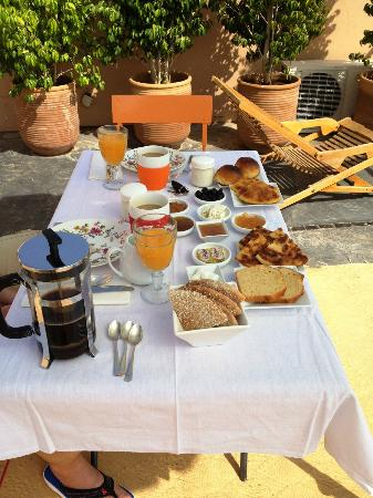 La Maison Maure: Morning treat