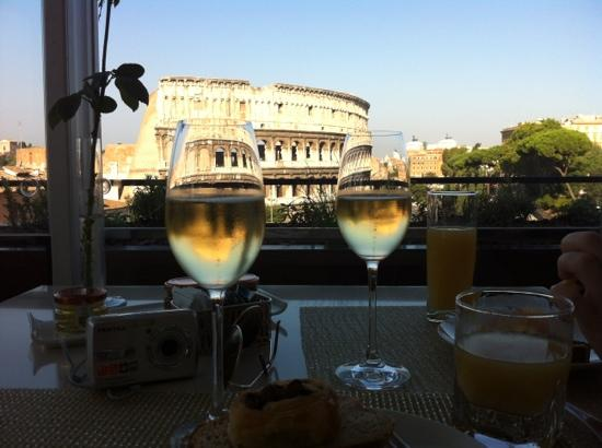 Palazzo Manfredi - Relais & Chateaux: view from the Palazzo Manfredi at breakfast