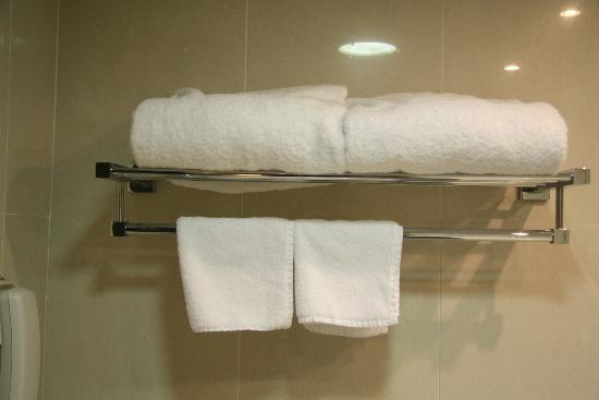 Hotel Benito: Towels