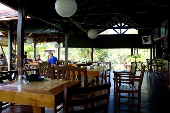 Sepilok Forest Edge Resort: zona ristorante