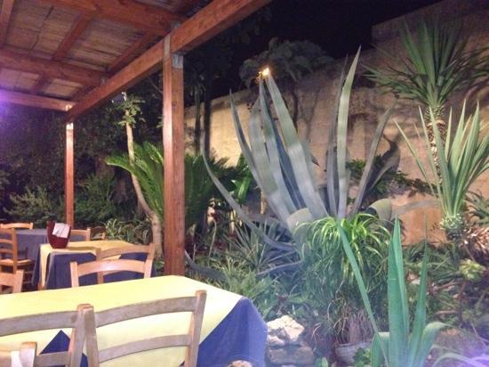 Il giardino foto di zenzero cannole tripadvisor - Il giardino di mezzanotte ...