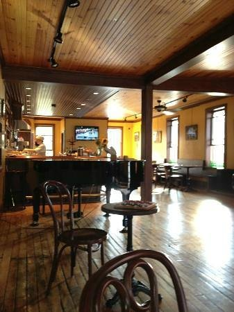 Left Bank Cafe : Piano Bar, Cafe, Bistro, Wine Bar!