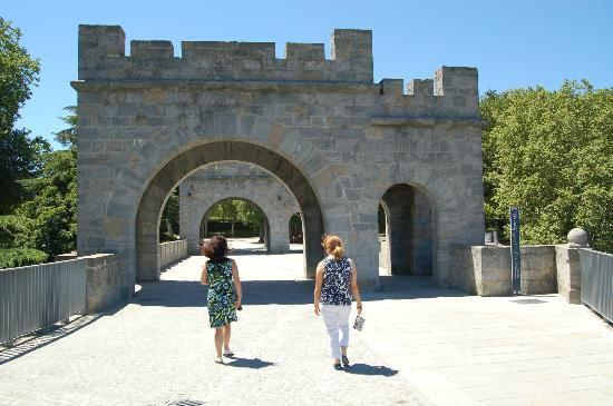 Conjunto Fortificado de Pamplona: A great walk in the Spanish sunshine !