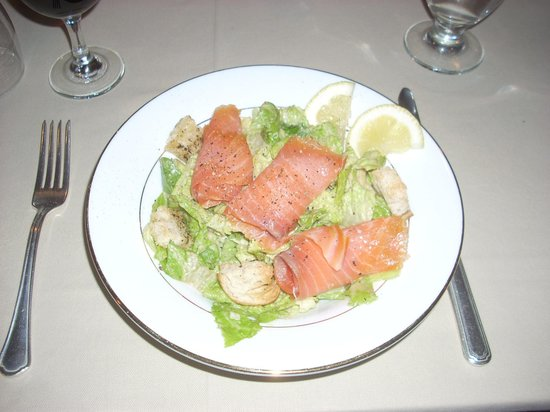 Whitehall Inn Fine Dining : A delightful combination of Caesar Salad with local smoked salmon