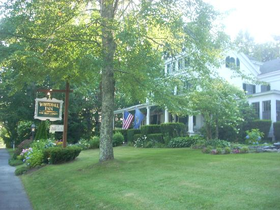 Whitehall Inn Fine Dining : The Whitehall Inn is perched above Route 1 at the edge of town
