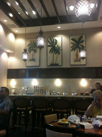Residence Inn by Marriott Miami Aventura Mall: part of the breakfast area