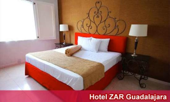 Hotel Zar Guadalajara: Habitacion cama King