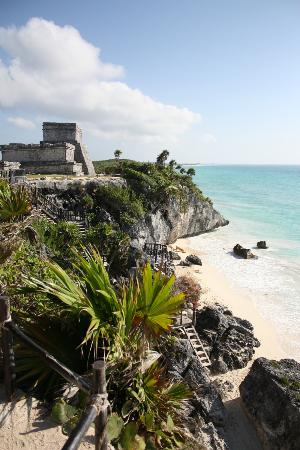 Grand Palladium Kantenah Resort and Spa: Tulum Ruins