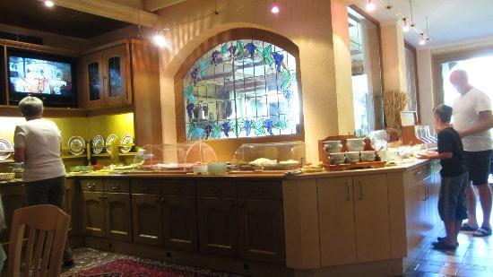 Frühstückshotel Margret: your dining buffet