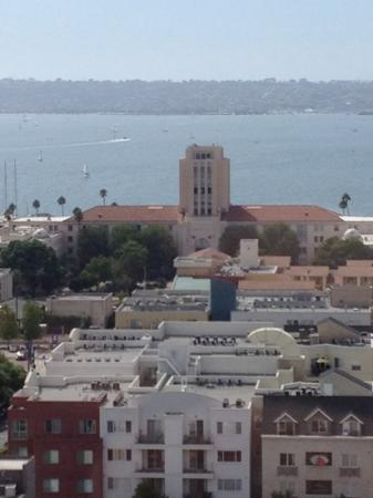 Doubletree Hotel San Diego Downtown: north bay view