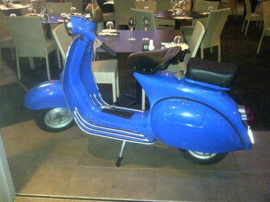 Bluscooter Italian Dining: Famous Blue Scooter turns 50 next year