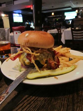 Madhatter: Huge BMF burger