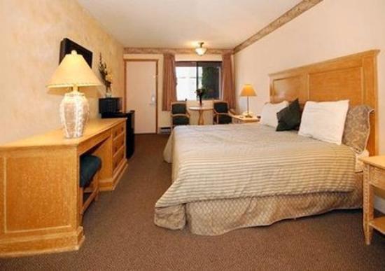 Econo Lodge Kalispell: King