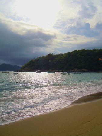 Tesoro Manzanillo: View at the beach