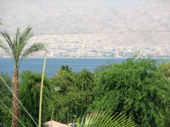 U Coral Beach Club Eilat: View from restaurant terrace