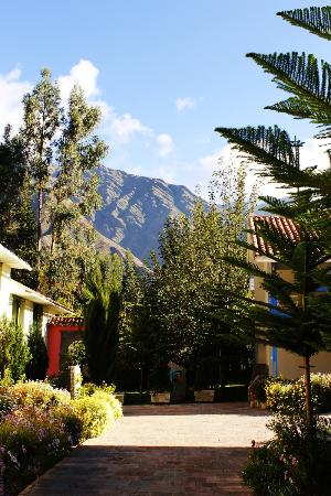 Aranwa Sacred Valley Hotel & Wellness: View of hotel & surrounding area