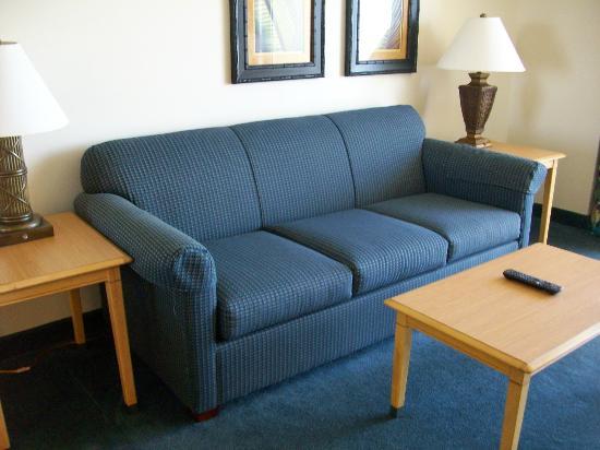 Paradise Resort: Living Room Sofa