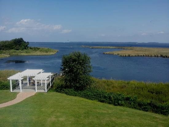 Holiday Inn Express Kent Island: Gotta love the Eastern Shore. What a view!