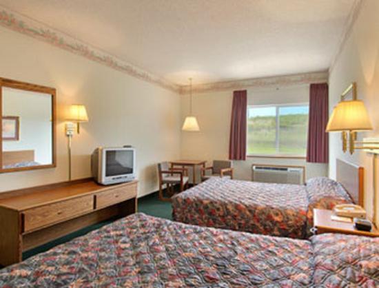Super 8 Gretna: Standard Two Queen Bed Room