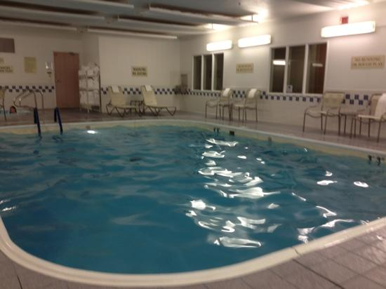 Fairfield Inn & Suites Branson: pool