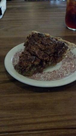 Tammy's Cafe: scratch made pecan pie