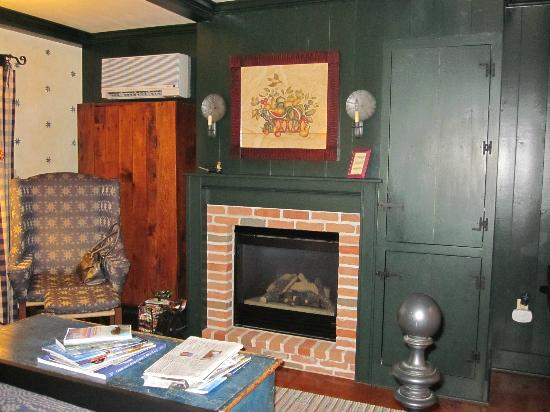 Blacksmith Inn On the Shore: Room 13