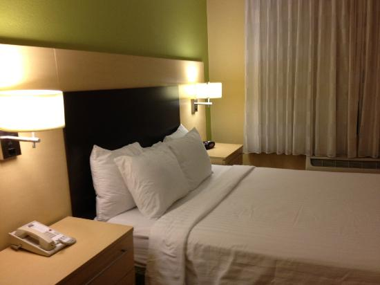 TownePlace Suites Albany Downtown/Medical Center: bed