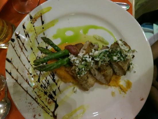 Rio Celeste Hideaway Hotel: fish plate