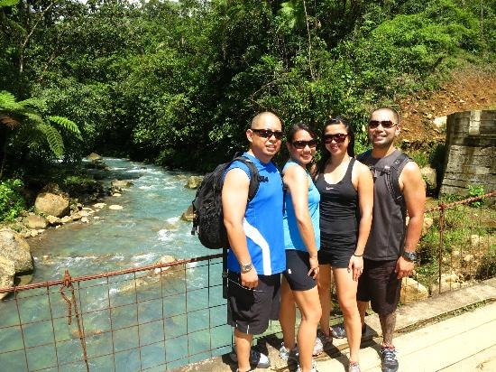 Rio Celeste Hideaway Hotel: on our hike to Rio Celeste waterfall (about 1 km from the hotel)