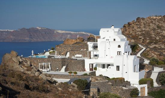 Aenaon Villas: Villas from far