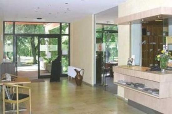 Reichel's Parkhotel: Lobby View
