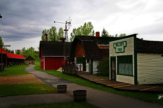 Grande Prairie Museum: Heritage Village