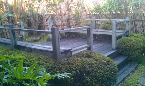 Taipei Fullerton Hotel Fuxing South: rooftop garden