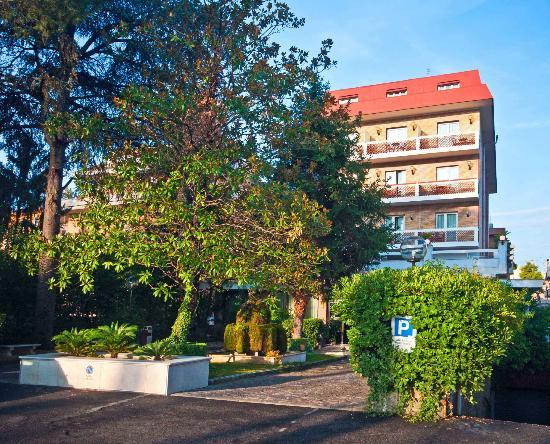 Pinewood Hotel Rome Tripadvisor