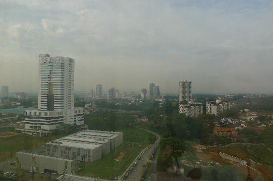 โรงแรมนิวยอร์ก: Looking out towards Johor Bahru CBD