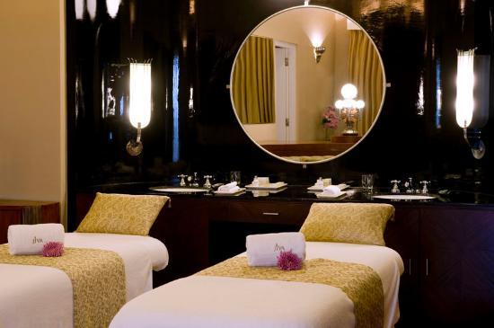Umaid Bhawan Palace Jodhpur: Maharani Suite - Treatment Room