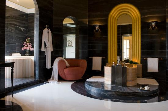 Umaid Bhawan Palace Jodhpur: Maharani Suite - Bathroom