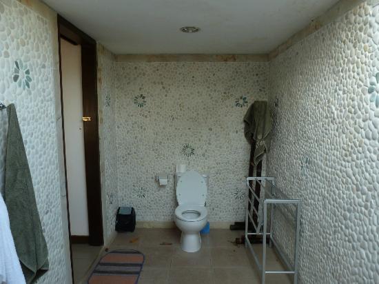 Bali Dream House: Coin WC (extérieur)