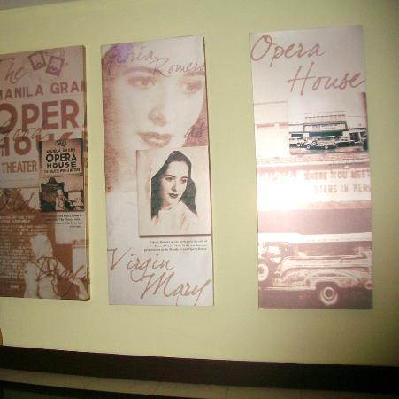 Manila Grand Opera Hotel: Memorabilia on one of the walls (reminiscent of the good old days as an opera house)