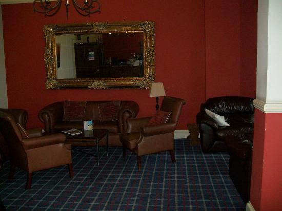Waterhead Hotel: Bar Lounge