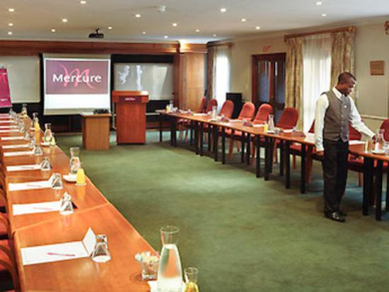 Mercure Suites Bedfordview: Meeting Room