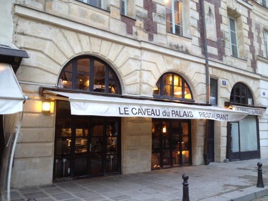 Le caveau du palais: Nice restaurant!