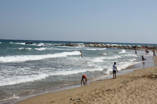 Arina Sand Resort: Soft sandy beach