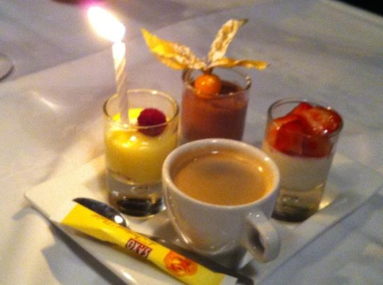 La tete de Boeuf : Cafe Gourmand (with candle for a birthday)