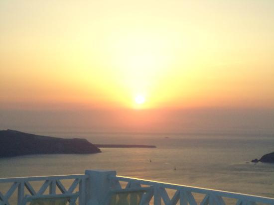 Hotel Sunny Villas: tramonto!!!!
