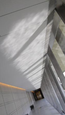 Sagawa Art Museum: 空間に癒される。