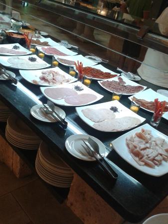 Buffet Picture Of Hotel Marina D Or 5 Oropesa Del Mar Tripadvisor